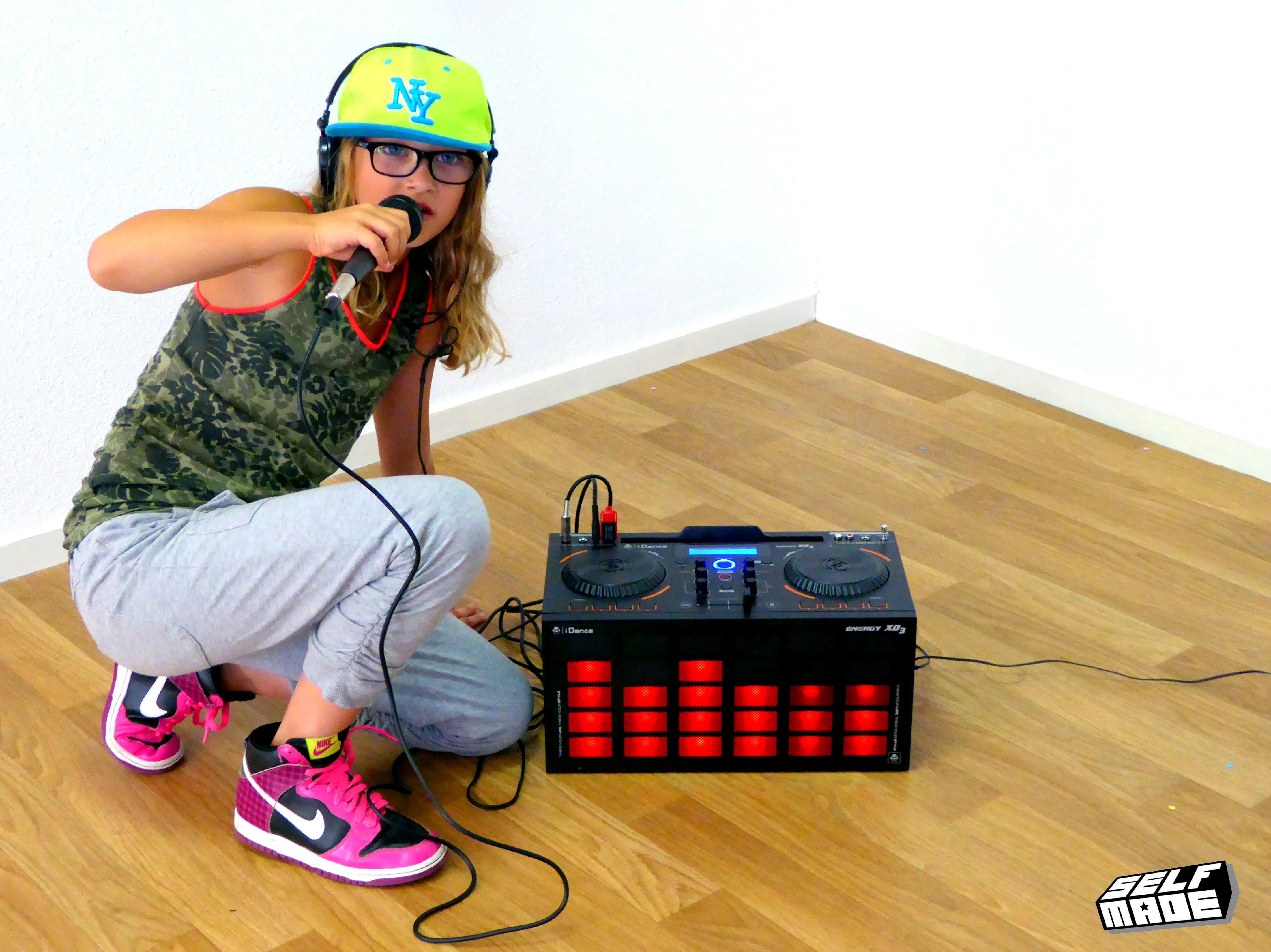 hiphop kinderen boombox